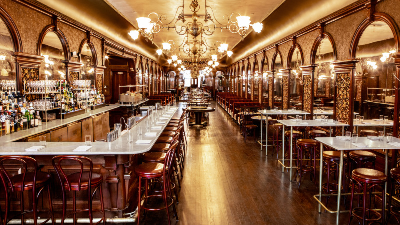 The current-day Gage & Tollner dining room. // Photo courtesy of Gage & Tollner; historical photos courtesy of the Brooklyn Historical Society